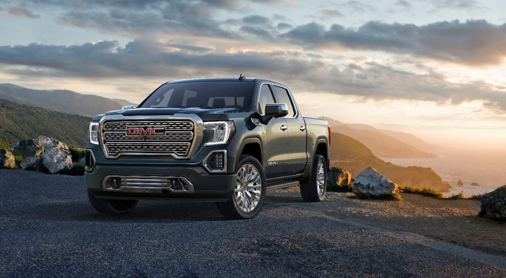 A majestic black Sierra reigns victorious of the 2019 GMC Sierra 1500 vs 2019 Toyota Tundra