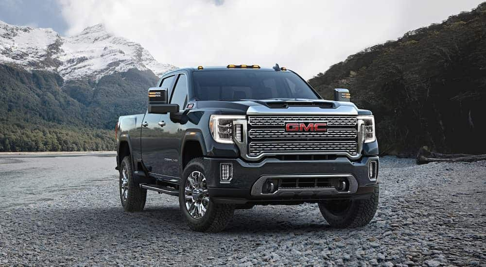 2020 GMC Sierra 2500 vs Ram 2500: Which One Is The 4×4 King?
